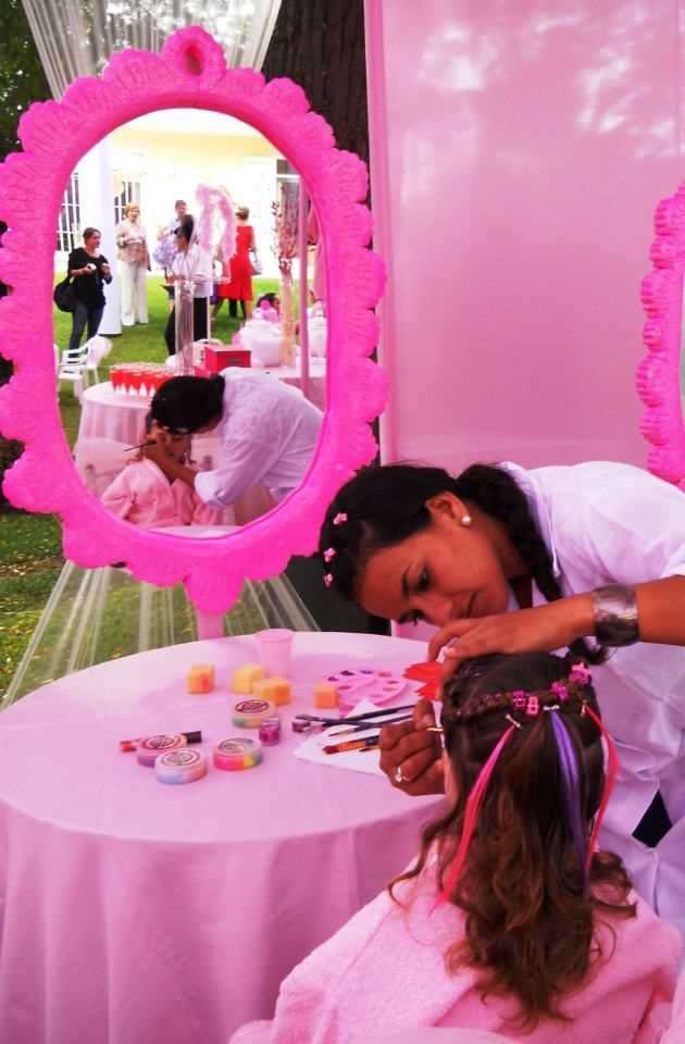 FIESTA INFANTIL SOLO PARA NIAS con SALON DE BELLEZA Y SPA