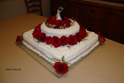 Bolo De Casamento De Chantilly   Rosas Naturais