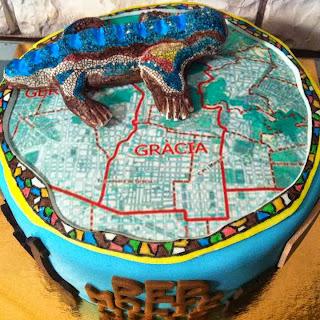 http://dvdcakes.blogspot.com.es/2013/10/tarta-barcelona-barri-de-gracia.html