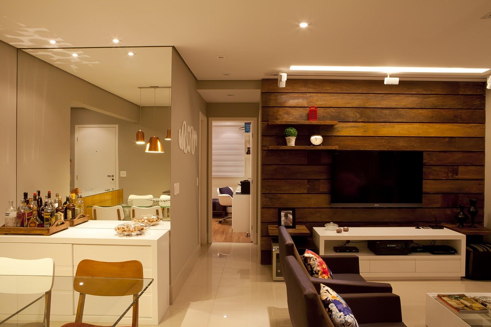 Painel Para Sala De Apartamento Pequeno Foto Reproduo Ana Paula  -> Sala De Jantar Com Painel De Madeira E Espelho