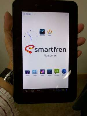 max aka hisense e860 review, Smartfren andro max aka hisense e860 ...