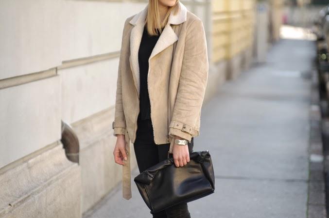 shearling jacket, beige wool jacket H&M hm, acne sheinside beige sheep jacket, style blog blogger, fashion blogger, ootd