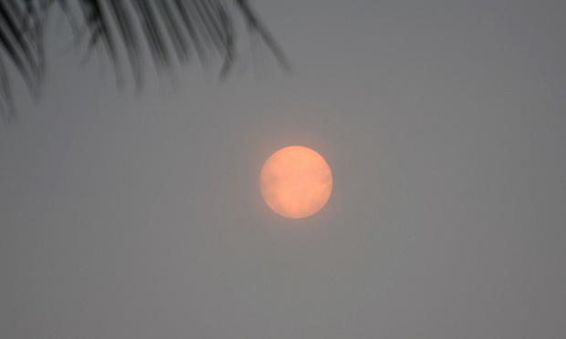 Smoke from Indonesian fires blankets Thai holiday island of Koh Samui and Phuket in haze