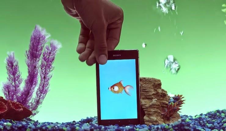 Publicidad del Sony Xperia Z1S: Apps bajo el agua, genial