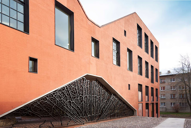 06-Universidad-De-Tartu-Narva-College por kavakava-Architects