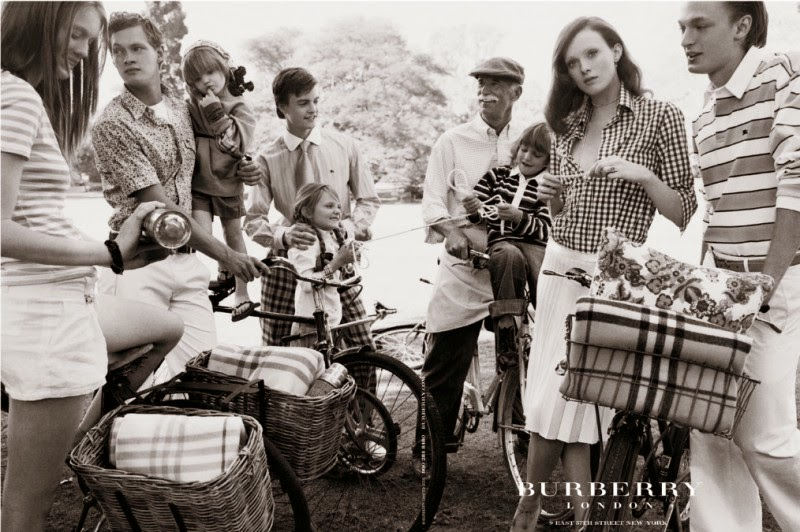 Flashback Burberry Prorsum spring 2005 Kate Moss Mario Testino