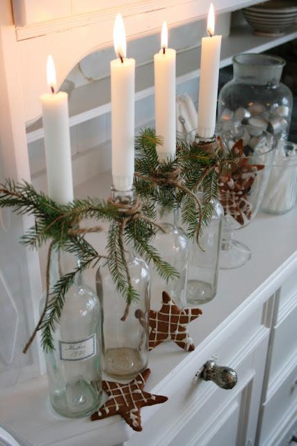 Kerzen Und Kerzenhälter Sind Für Die Weihnachtsdeko Ein Absolutes Muss! Bei  Dieser Idee Werden Glasflaschen Einfach Gereinigt Und Mit Naturschnur Und  ...