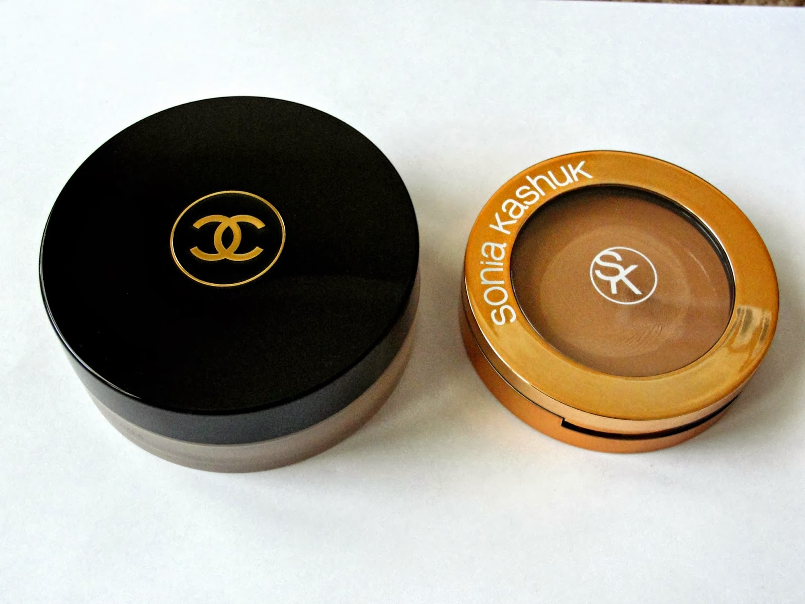 beauty guide 101 chanel soleil tan de chanel bronze universel dupe review. Black Bedroom Furniture Sets. Home Design Ideas