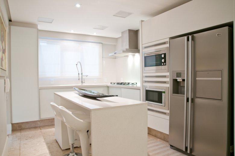 Cozinhas com bancadas de refeições rápidas  veja modelos lindos e dicas!  D # Bancada De Cozinha Revestimento