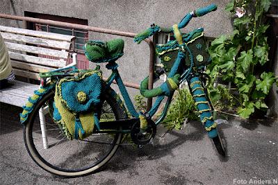 stickad, virkad, cykel, hemstickad, malmö, handarbete, grön, blågrön, sveriges snyggaste, knitted, bike, bicycle, tsyfpl, foto anders n
