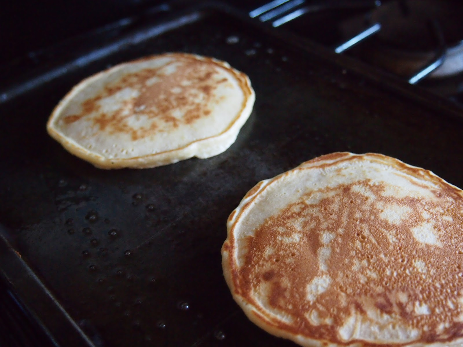 Cooking with Kale: Sunday Morning Pancakes