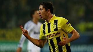Lewandowski cetak 4 gol pada leg 1 Dortmund vs Madrid