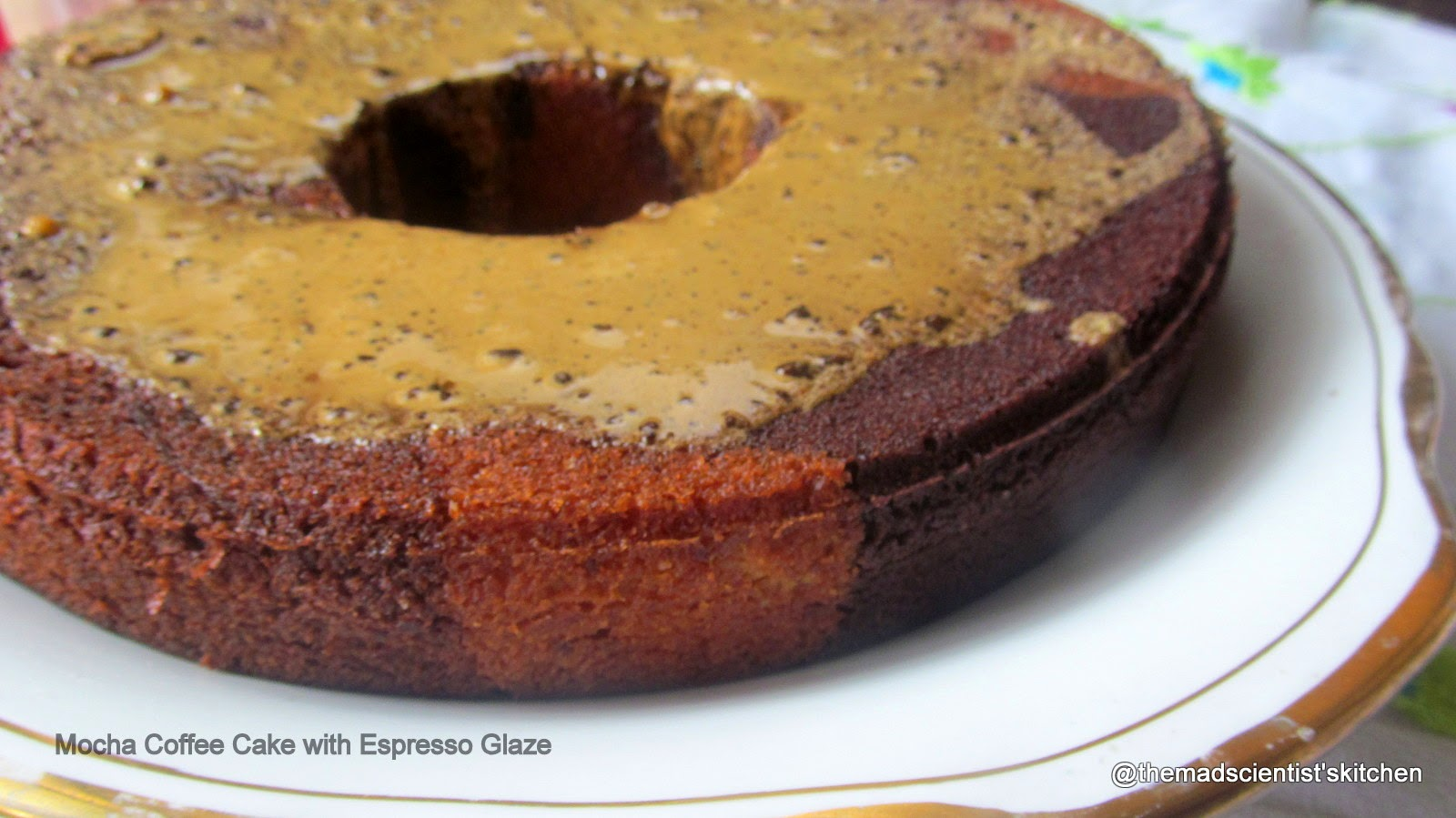 The Mad Scientist's Kitchen!!: Mocha Coffee Cake with Espresso Glaze