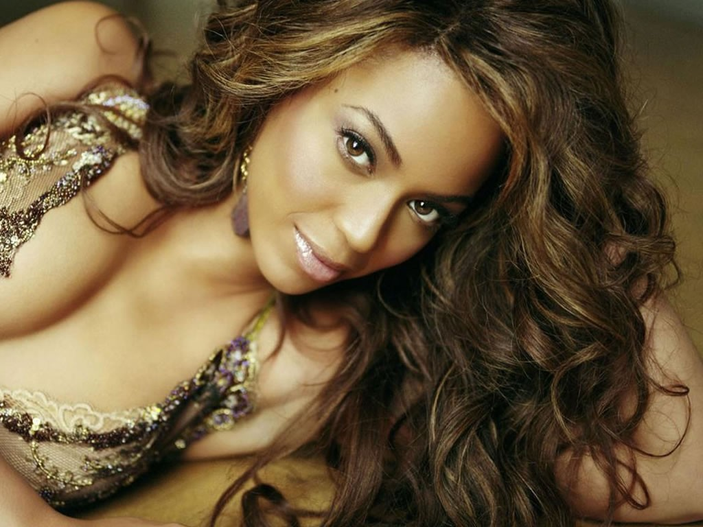 http://3.bp.blogspot.com/-ml6il3h95KQ/TqPbgr3tbOI/AAAAAAAACaY/yhI6nqFVNng/s1600/Beyonce-Knowles-Wallpapers.jpg