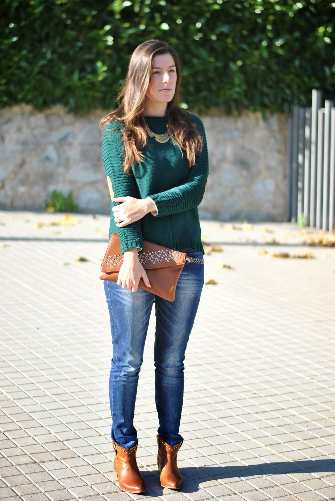 Outfits Con Botines Cafes Y Jeans