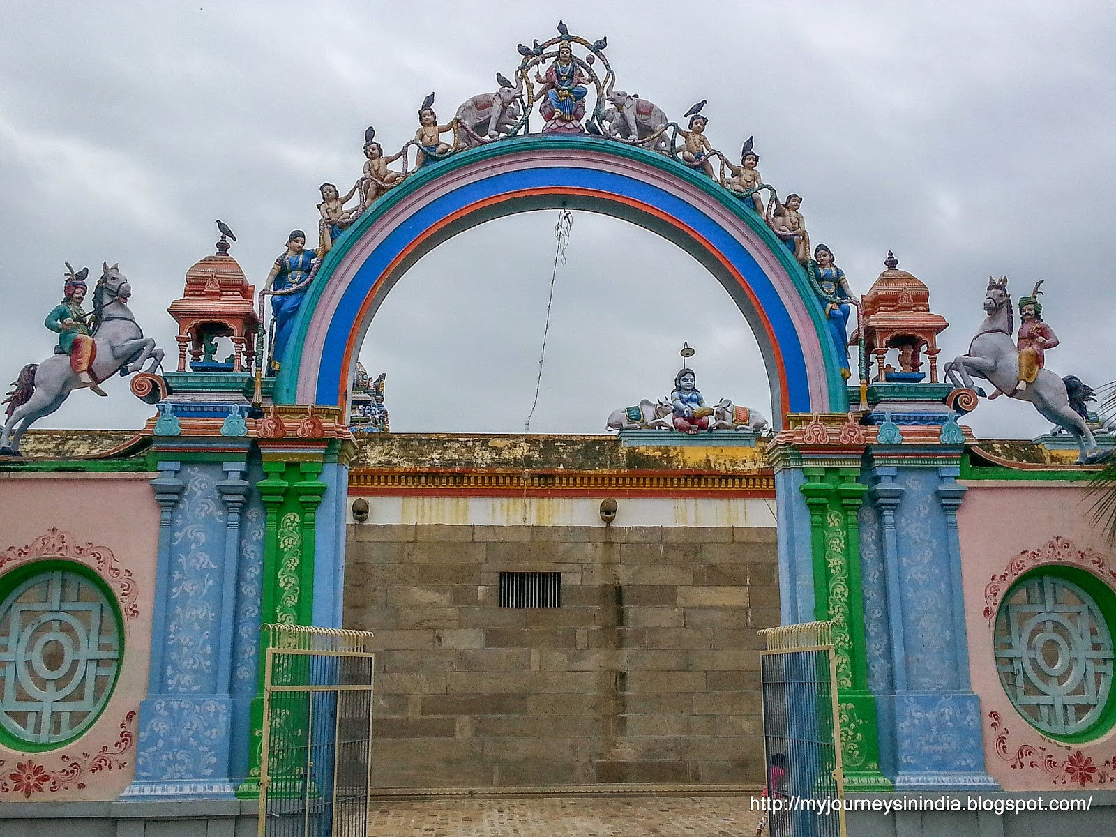 Tiruvaiyaru Aiyarappar Temple Amman Temple Entrance