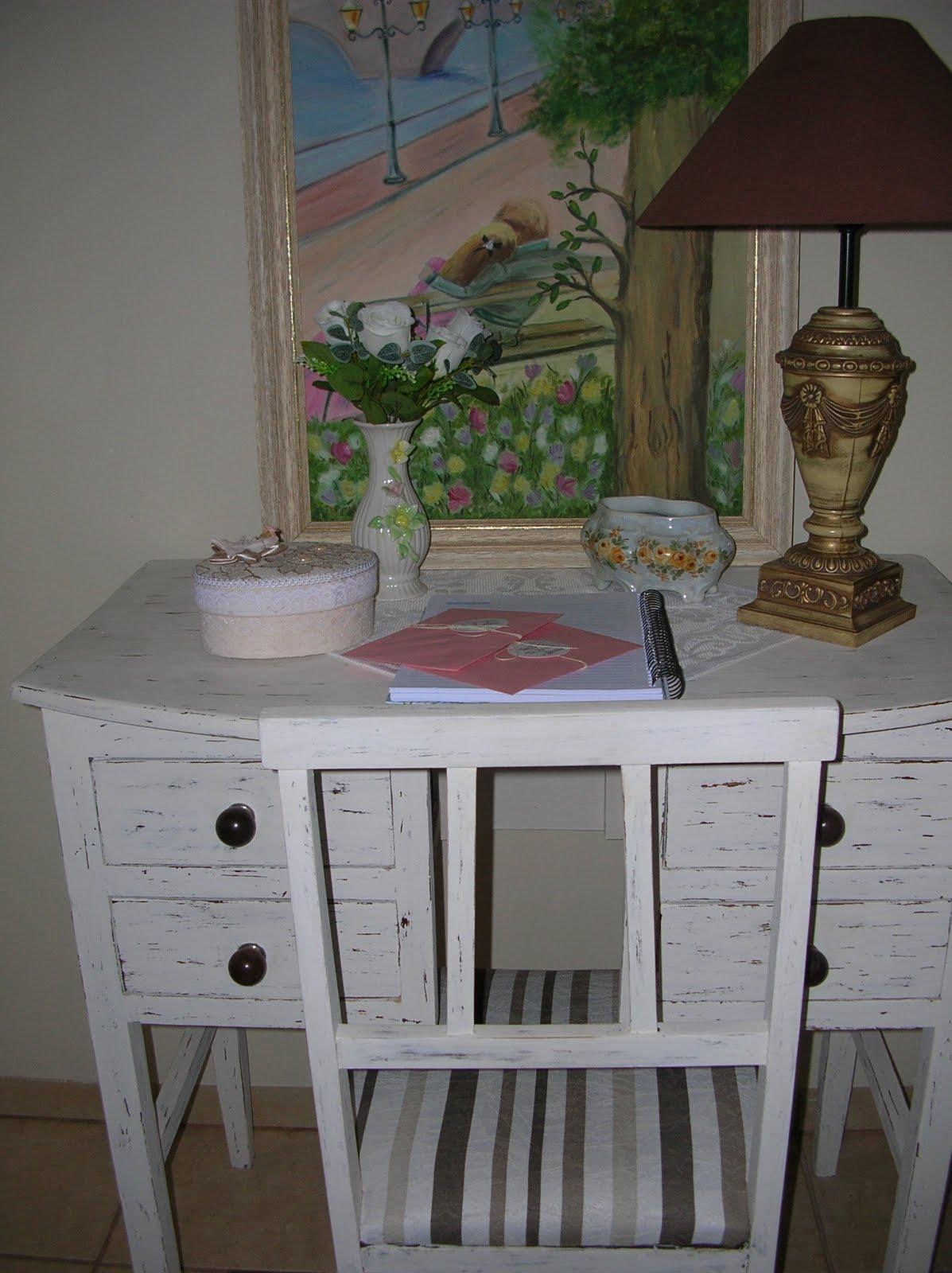 CASA COISAS & TAL: Artes dos leitores: uma escrivaninha e uma cadeira #614B43 1197x1600