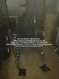 penjual toko kursi roda bekas