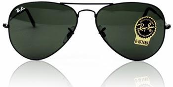 ... a Bausch   Lomb percebeu uma ótima oportunidade de mercado, criar  modelos de óculos específicos para a aviação, e lançou o RAY-BAN ... 0cdd29fa73