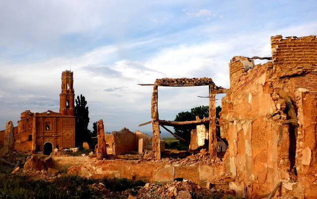 Ruinas de la iglesia de Belchite Viejo