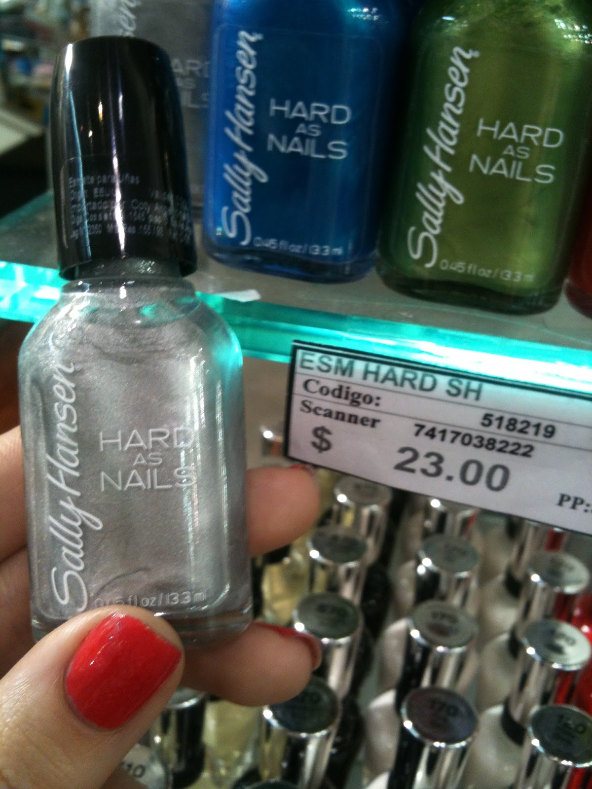 Sally Hansen Hard as Nails plateado