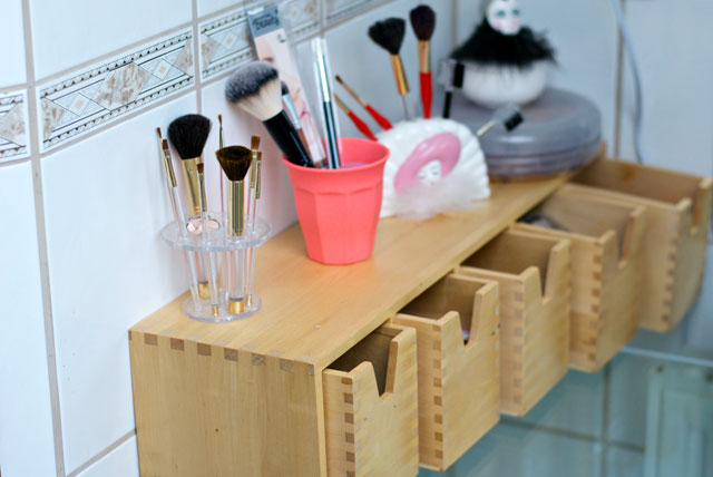 makeup storage drawers