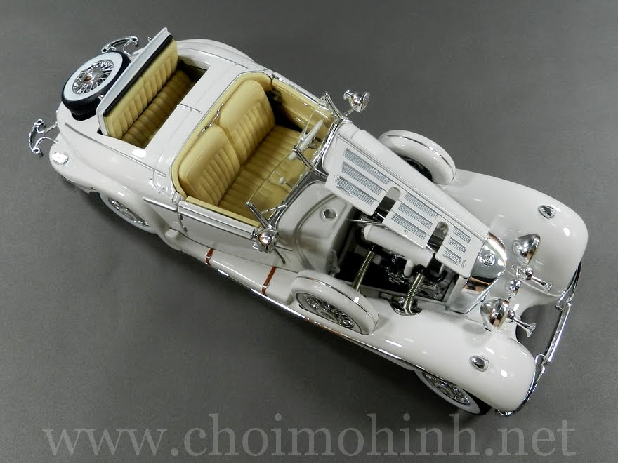 Mercedes-Benz 500 K TYP Specialroadster 1936 1:18 Maisto white up