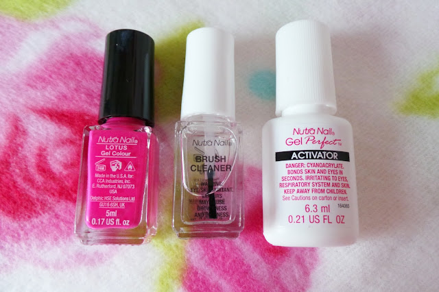 Review Nutra Nail Gel Perfect 5 Minute At Home Gel-Colour Manicure Shade Lotus