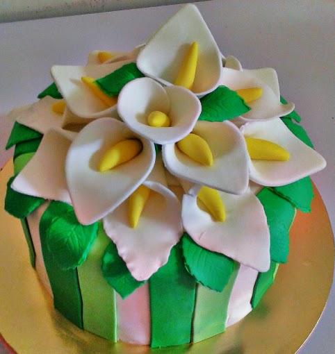 Kek Kahwin Carla Lily Fondant Cream Cheese Pink Purple Roses