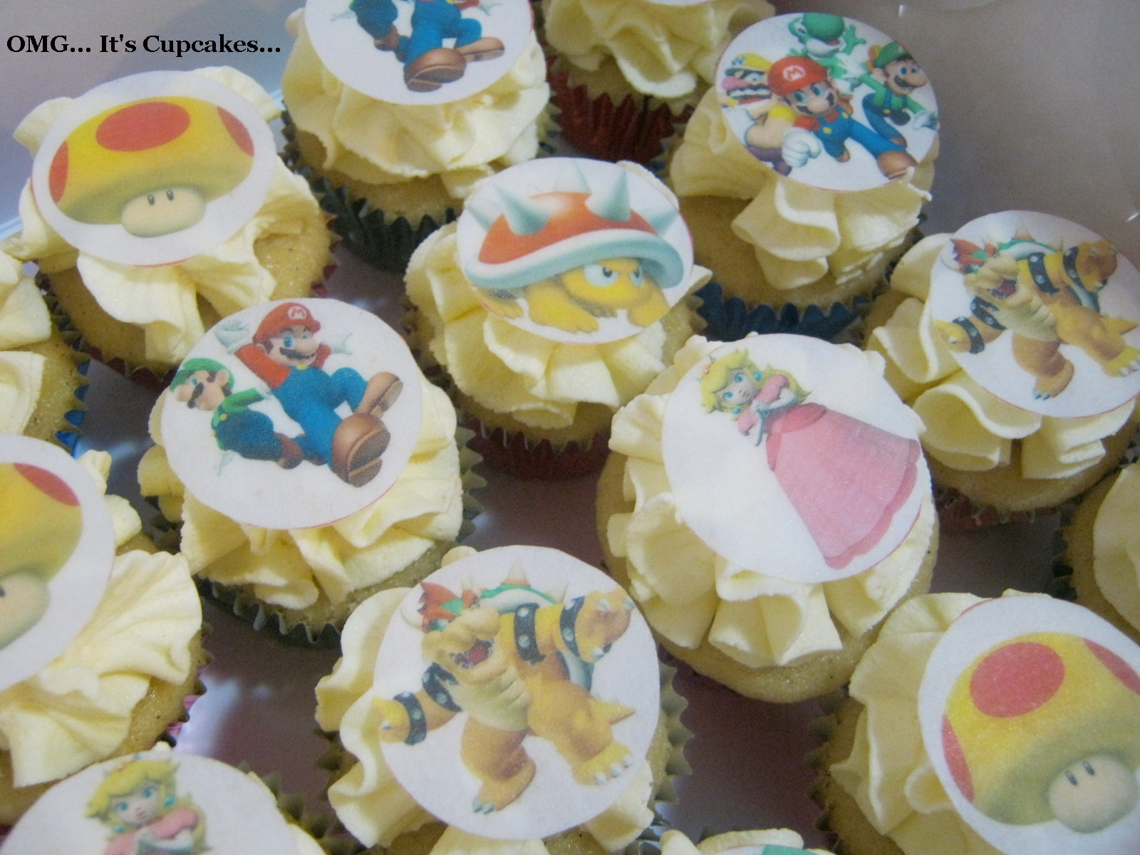 Cake Designs On Rice Paper : OMG... It s Cupcakes...: Mario Bros Birthday Cupcakes