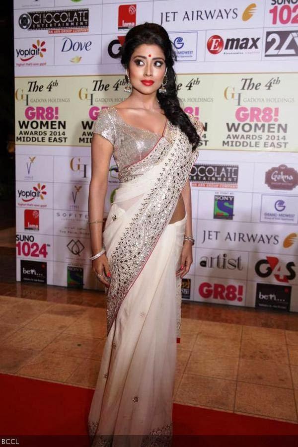 Shriya Saran at 4th Gadoya Holdings Gr8! Women Awards