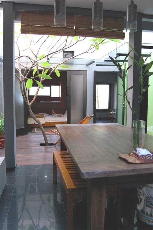 Top livingroom decorations department of house modern for Minimalist house jakarta
