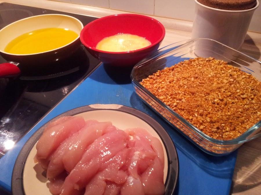 Deja a todos sorprendidos con esta receta de tiras de pollo rebozadas con kikos