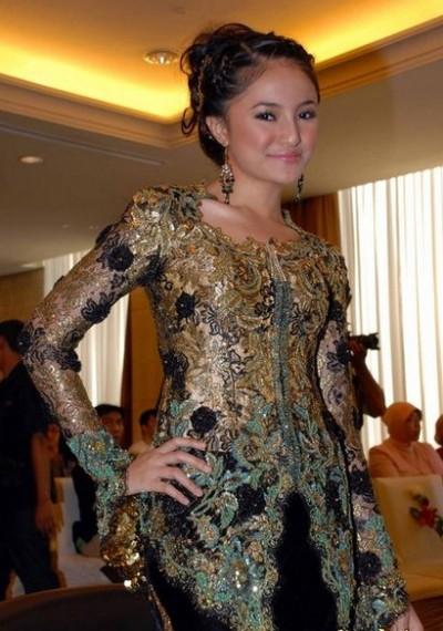 Model Kebaya Wisuda Modern 2016 | gebeet.com