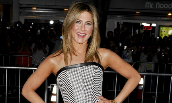 Hot Walls Pics: Jennifer Aniston Profile And New Hot Pictures 2013
