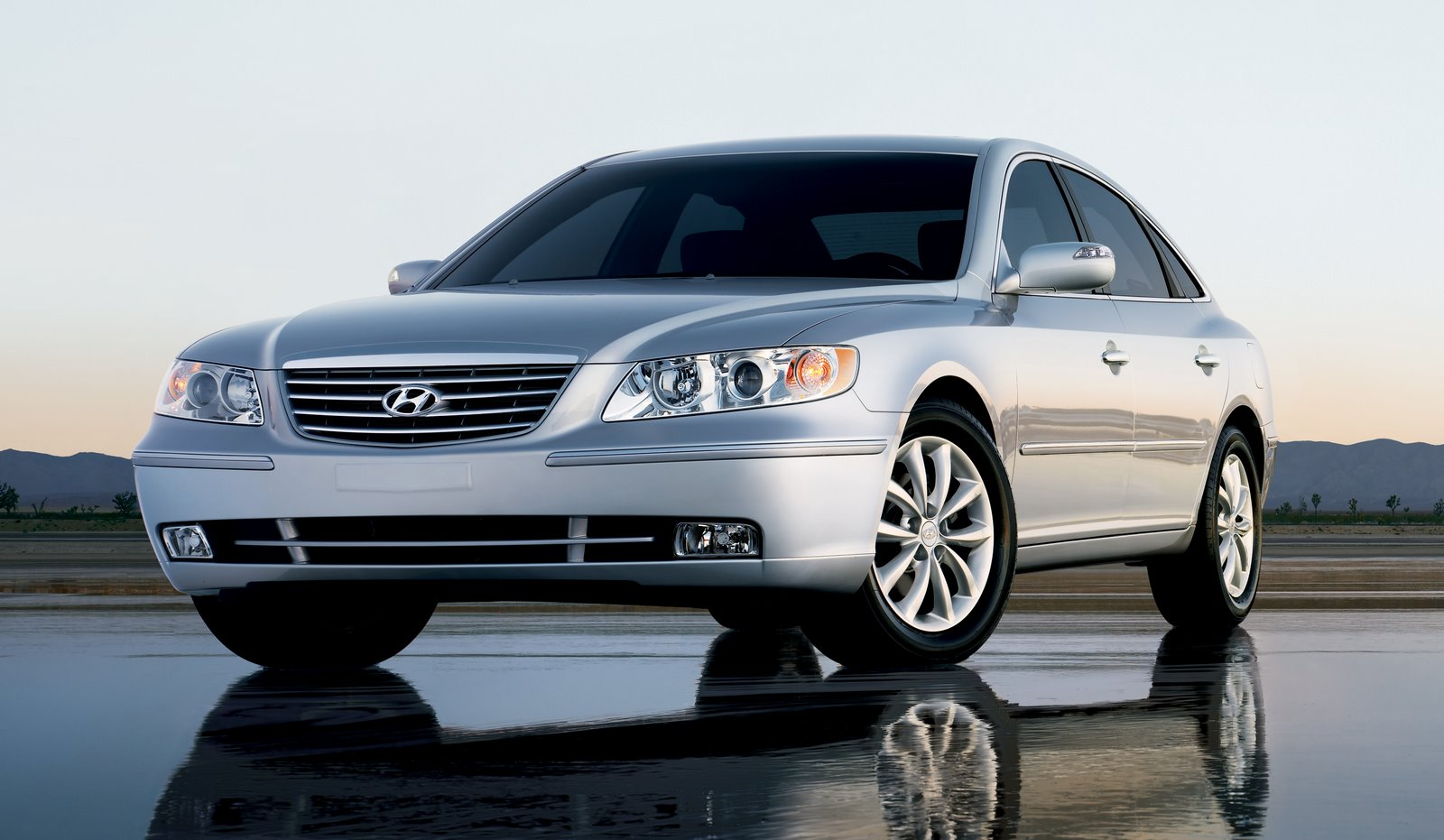 Kendall Self Drive 2011 Hyundai Azera Review