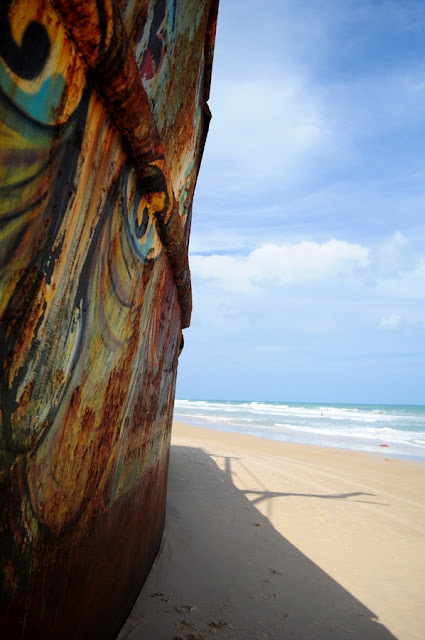 Navio encalhado na praia de Buzios - Natal RN