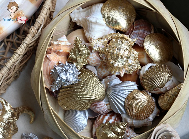 Beach Bling!  Guilded Seashells! (10 Summer Seashell Decor Ideas)   #decor #decorating #seashells #beach #summer #sea