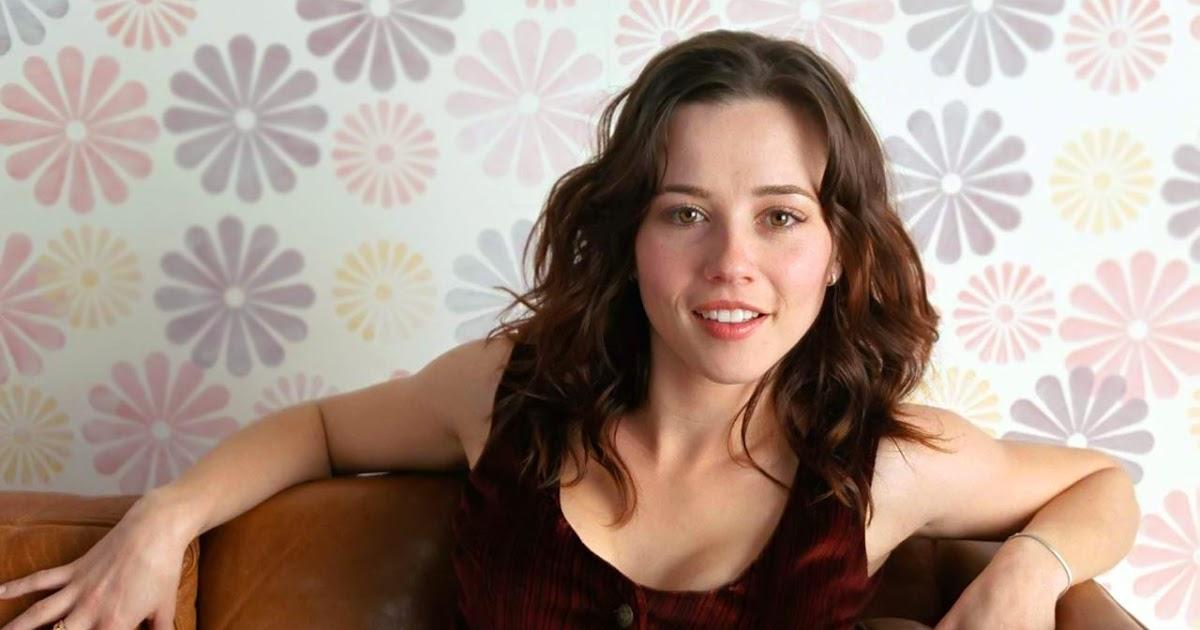 Desktop HD Wallpapers: Linda Cardellini Wallpapers Keira Knightley Movies