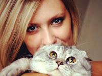 Heboh Wanita Cantik Cari Jodoh di Jejaring Sosial