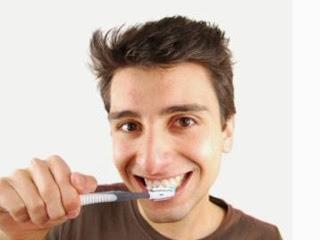 Teeth Implants Arizona - Brushing