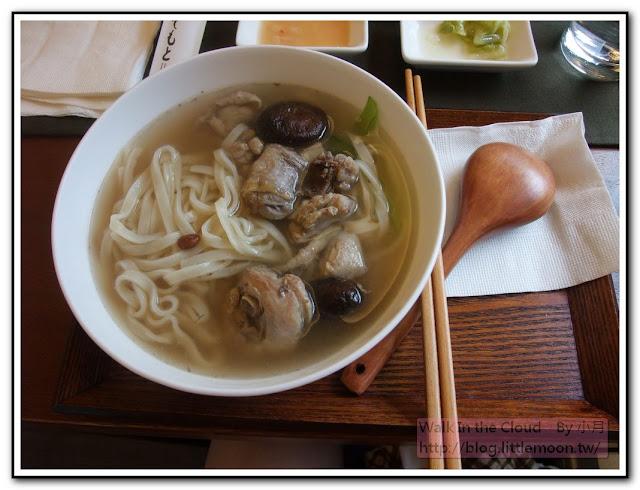 外婆冬菇雞湯麵