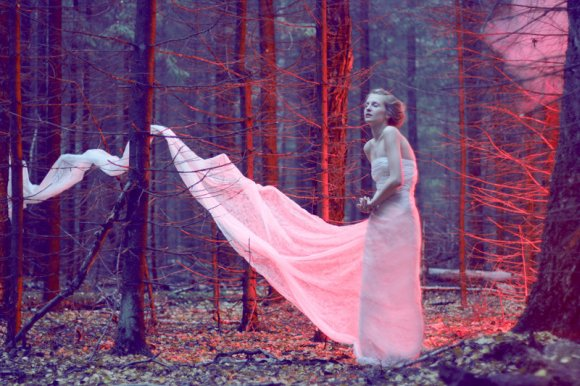 katerina plotnikova fotografia surreal mulheres natureza país das maravilhas Vermelho