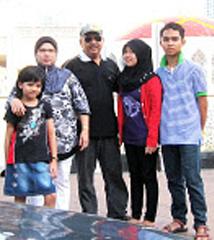 my family (◕^^◕)