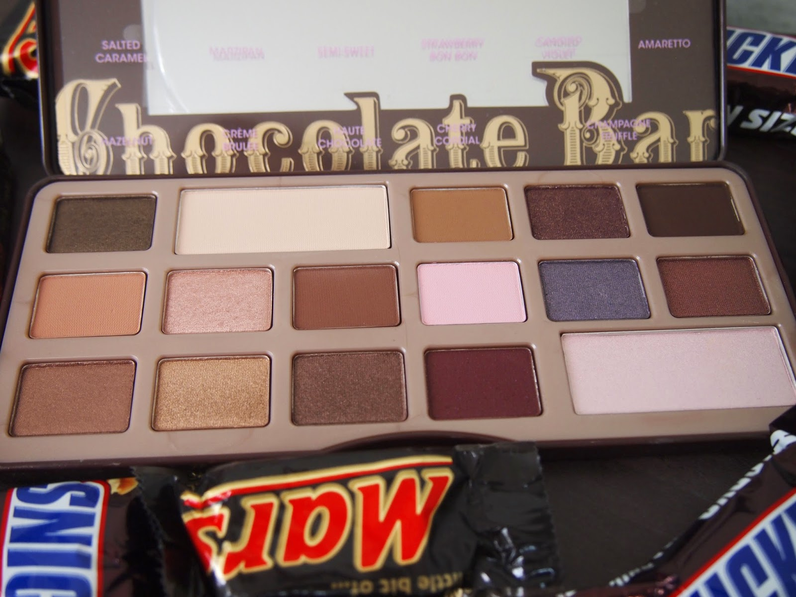 ❦ Celine Avenue ❦ : Too Faced Chocolate Bar Palette | Review