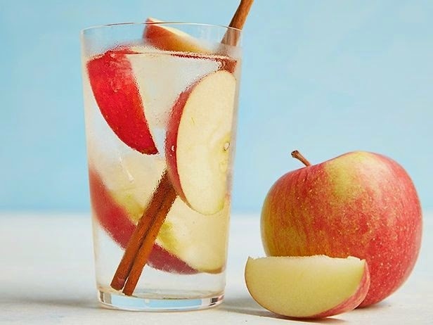 apple cinnamon detox water mind of a fashionista