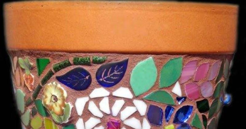 Кашпо с мозаикой своими руками 6