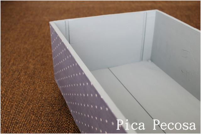 caja-madera-vino-reciclada-ruedas-tela-chalk-paint-diy