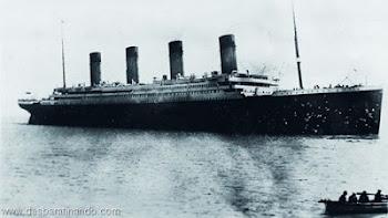 Titanic- nOS BOTES salvaram-se :1º os ricos(Mulheres,homens e crianças..todos da 1ª classe do navio
