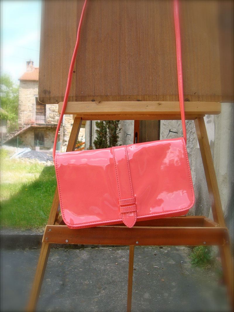 colored bag, chiara giupponi, vangle, gai mattiolo, leitmotiv, fluo bag, enrico coveri, maison espin borse a secchiello, sequins cluth, borse paillettes, colored accessories, outfit blog, cool hunting blog